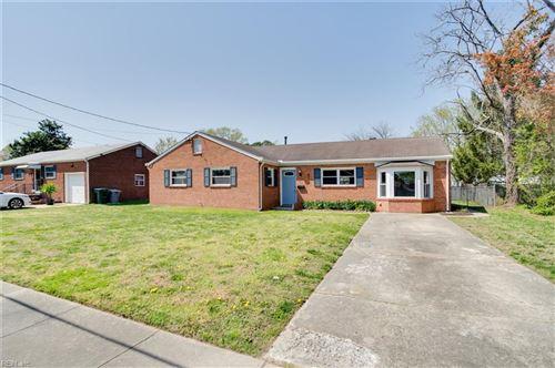 Photo of 813 Fairfield BLVD, Hampton, VA 23669 (MLS # 10370978)
