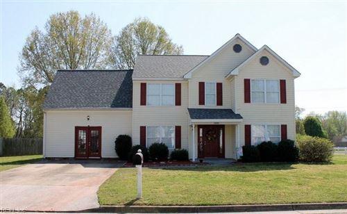 Photo of 2000 Regency DR, Suffolk, VA 23434 (MLS # 10370984)