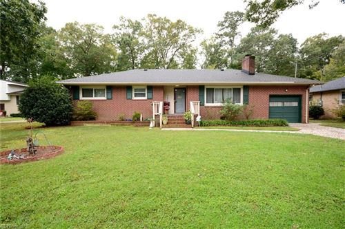 Photo of 27 Green CT, Newport News, VA 23601 (MLS # 10347995)