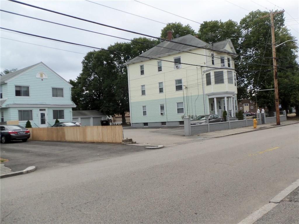 Photo of 993 York Avenue, Pawtucket, RI 02861 (MLS # 1264044)