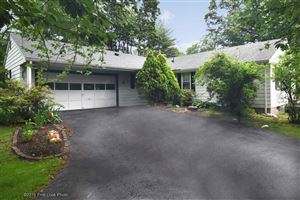 Photo of 195 Fairfield DR, North Kingstown, RI 02852 (MLS # 1227078)