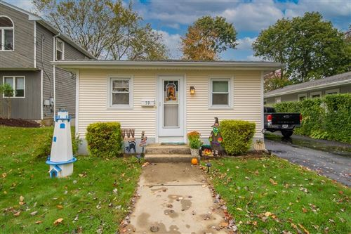Photo of 59 Chesterfield Avenue, Warwick, RI 02889 (MLS # 1297110)