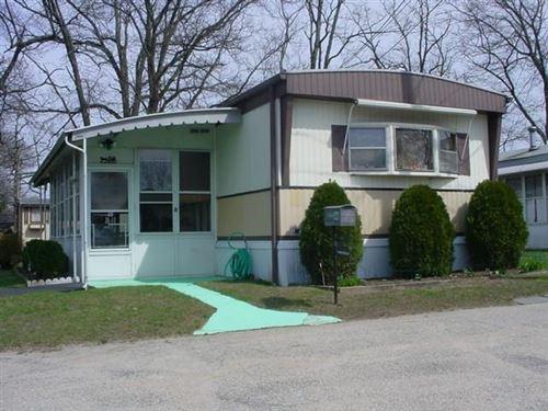 Photo of 979 Tollgate Road, Warwick, RI 02886 (MLS # 1297143)