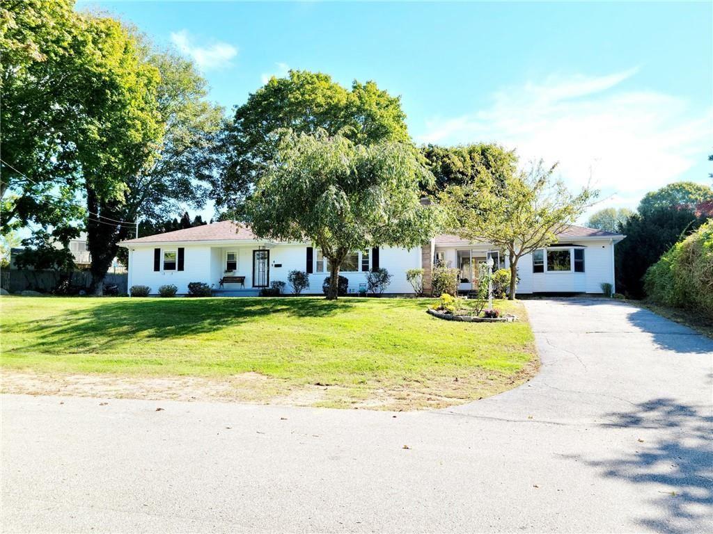 Photo of 6 Penston Avenue, Westerly, RI 02891 (MLS # 1295145)