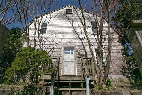Photo of 41 Burnside Avenue, Newport, RI 02840 (MLS # 1280186)