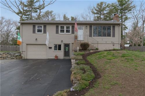 Photo of 104 Clearview Drive, North Kingstown, RI 02852 (MLS # 1280228)