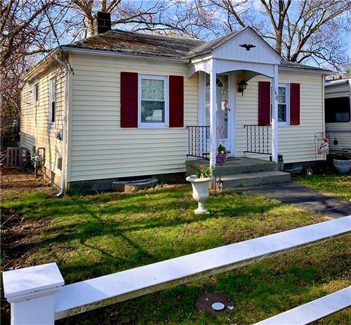 Photo of 40 Northup Avenue, Warwick, RI 02889 (MLS # 1280269)