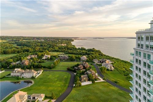 Photo of 1 Tower Drive #402, Portsmouth, RI 02871 (MLS # 1275457)