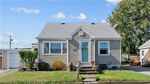 Photo of 14 Cottage Avenue, Portsmouth, RI 02871 (MLS # 1296503)