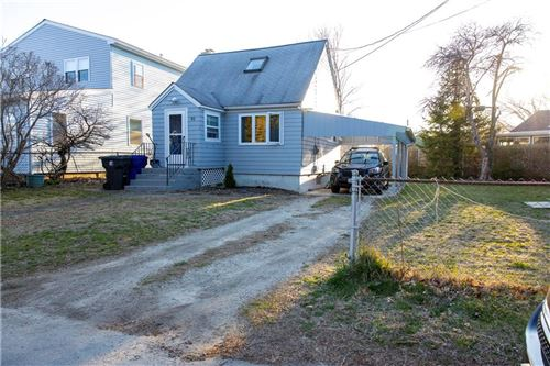 Photo of 92 Cove ST, Portsmouth, RI 02871 (MLS # 1250749)