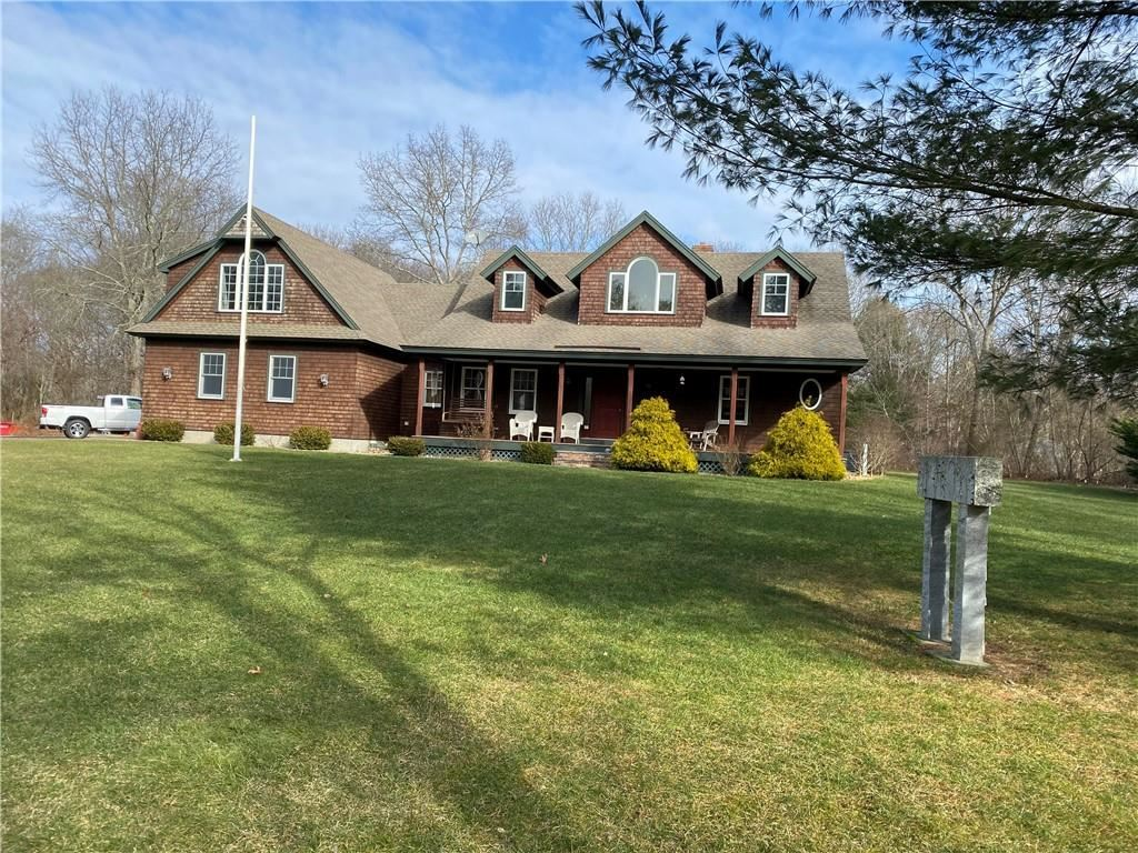 Photo of 3 East Capalbo Drive, Westerly, RI 02808 (MLS # 1273863)