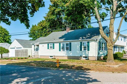 Photo of 19 Lincoln Avenue, Pawtucket, RI 02861 (MLS # 1264937)