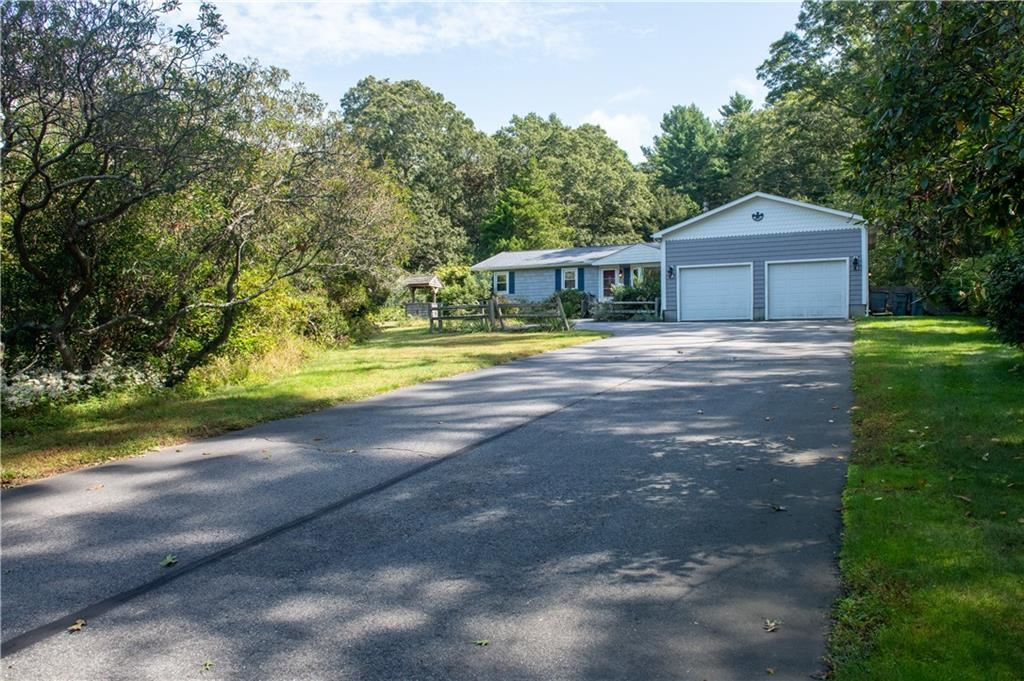 Photo of 1956 SOUTH COUNTY Trail, South Kingstown, RI 02892 (MLS # 1293997)