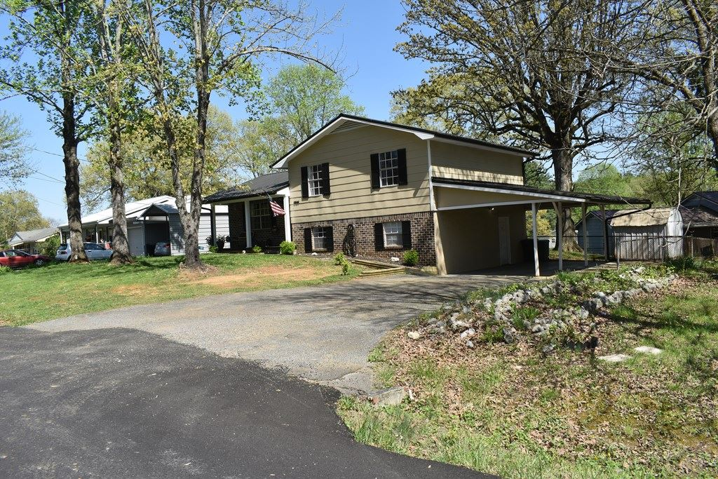 Photo of 1901 Sun Hill Road SW, Cleveland, TN 37311 (MLS # 20212089)