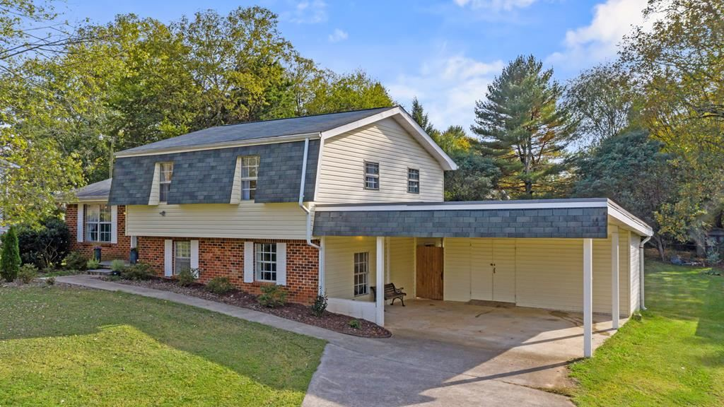 Photo of 3105 Lilac, Cleveland, TN 37312 (MLS # 20209117)