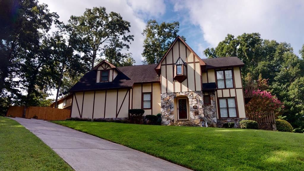 Photo of 3655 Crown Colony Drive NW, Cleveland, TN 37312 (MLS # 20207151)