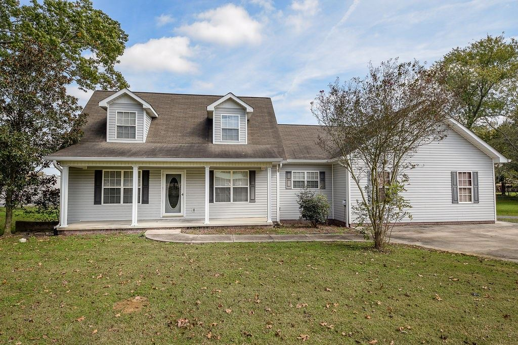 Photo of 4247 Spring Place, Cleveland, TN 37323 (MLS # 20207237)
