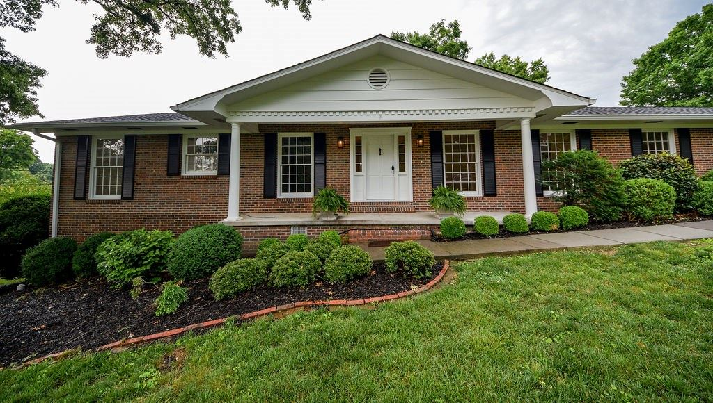 Photo of 1201 Steed Avenue NW, Cleveland, TN 37311 (MLS # 20213279)