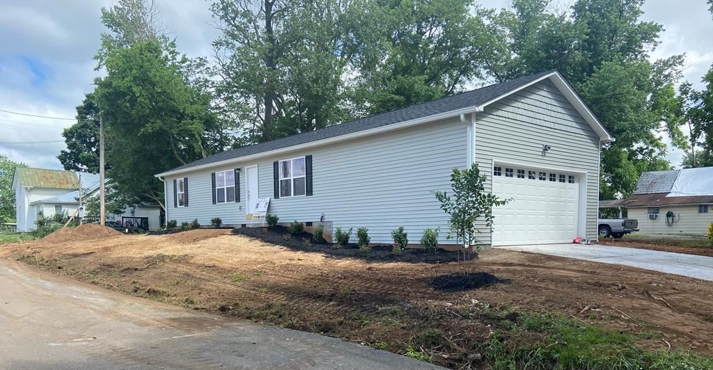 Photo of 441 Short Street, Cleveland, TN 37311 (MLS # 20212291)