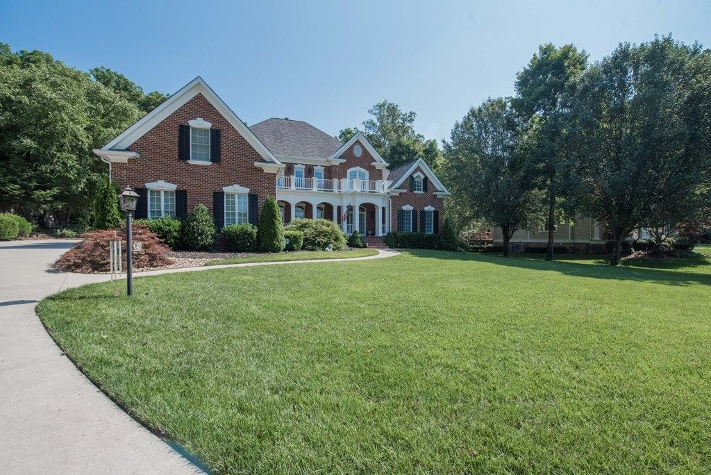 Photo of 505 Paragon, Cleveland, TN 37312 (MLS # 20206333)