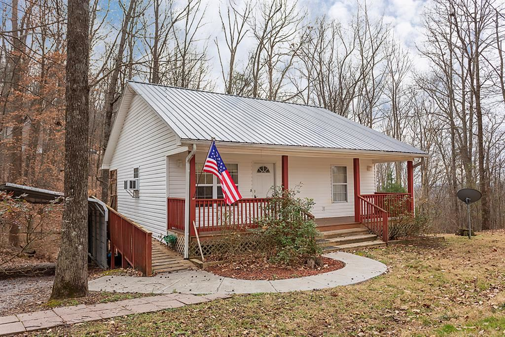 Photo of 2105 Brentwood Trail SW, Cleveland, TN 37311 (MLS # 20209364)