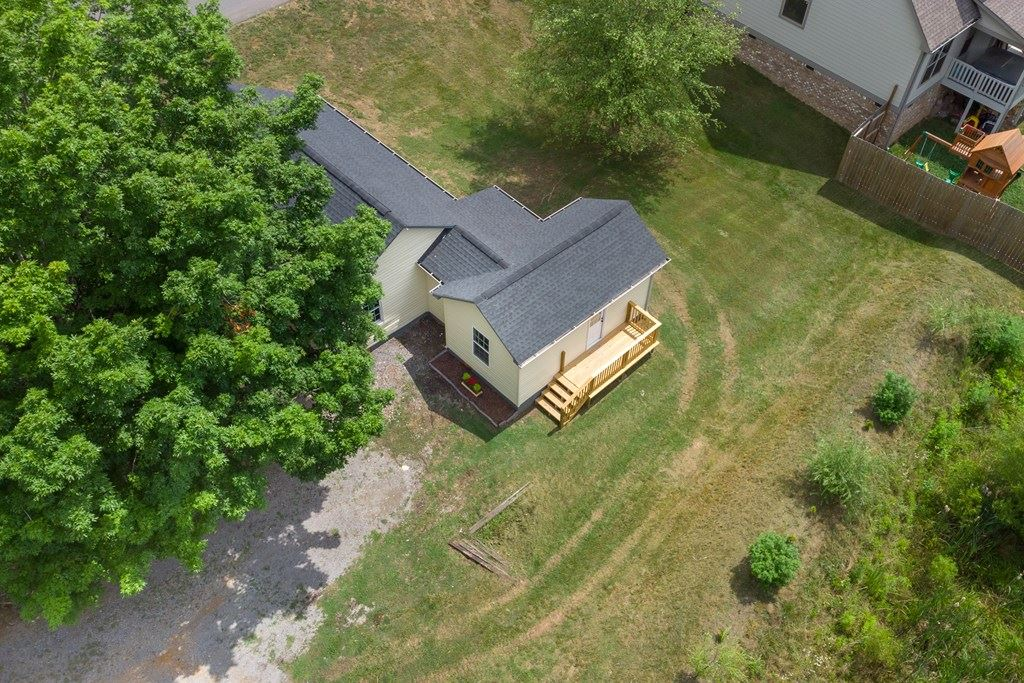 Photo of 2725 22ND ST NW, Cleveland, TN 37312 (MLS # 20213381)