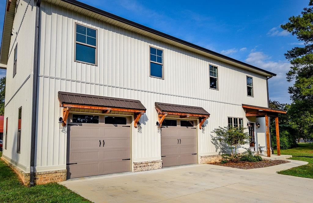 Photo of 2010 HICKORY DR NW, Cleveland, TN 37311 (MLS # 20207529)