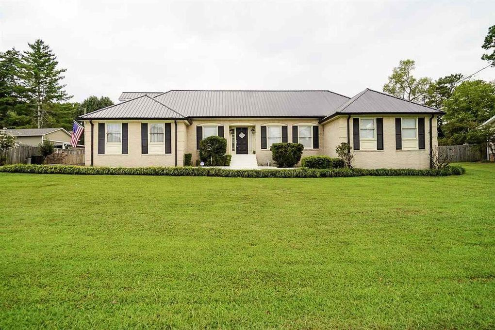 Photo of 2115 Woodvale Street NW, Cleveland, TN 37311 (MLS # 20209583)