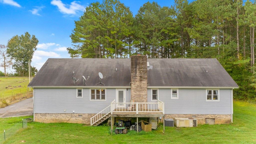 Photo of 2096 Tunnel Hill Rd, Cleveland, TN 37311 (MLS # 20208728)