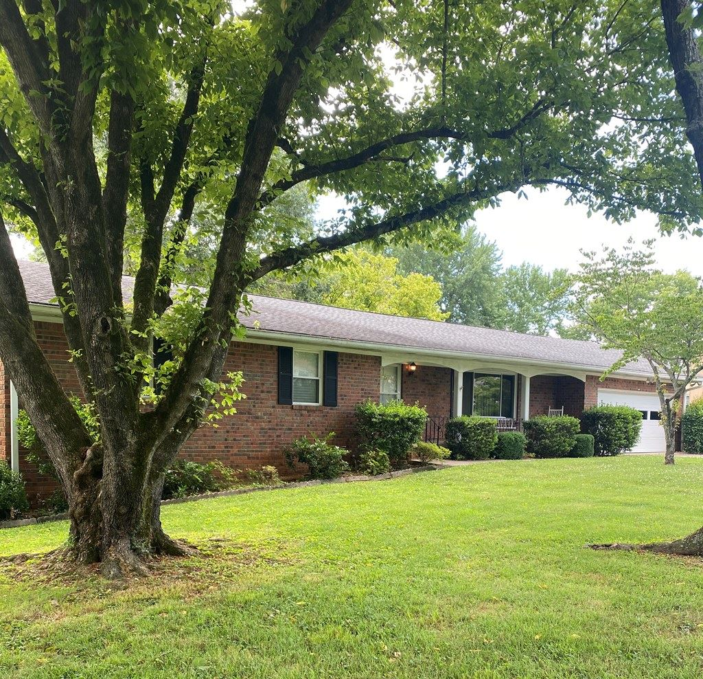 Photo of 3815 Bow  St, Cleveland, TN 37312 (MLS # 20205751)