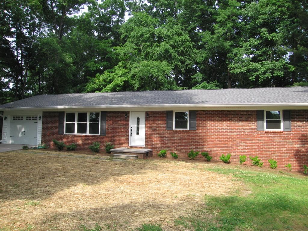 Photo of 3700 Crestwood Place, Cleveland, TN 37312 (MLS # 20212968)