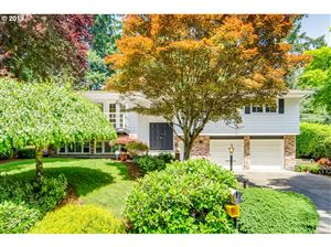 Photo of 11215 SW Foothill DR, Portland, OR 97225 (MLS # 19559000)