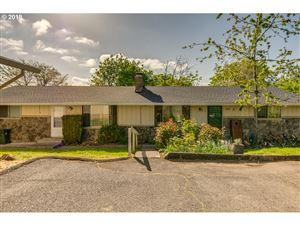 Photo of 4495 RIVERVIEW AVE, West Linn, OR 97068 (MLS # 19526001)