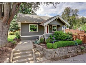 Photo of 7927 SE 17TH AVE, Portland, OR 97202 (MLS # 19603001)