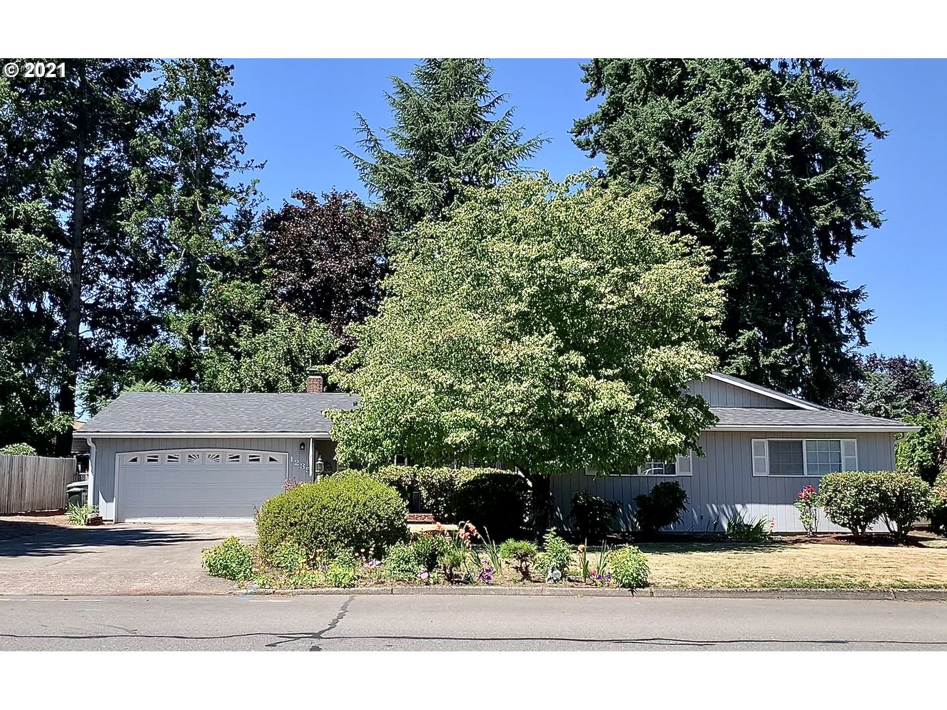 1235 N HOLLY ST, Canby, OR 97013 - MLS#: 21081002