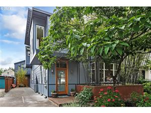 Photo of 6214 SW HOOD AVE, Portland, OR 97239 (MLS # 19689004)