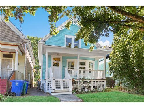 Photo of 544 NE STANTON ST, Portland, OR 97212 (MLS # 21570006)