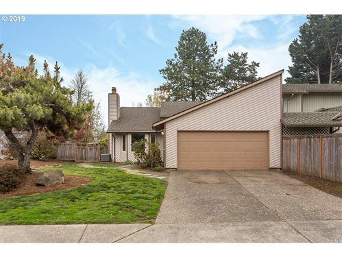 Photo of 12800 SW CHICORY CT, Aloha, OR 97223 (MLS # 19277007)