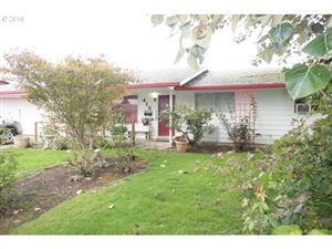 Photo of 415 NW 21ST ST, McMinnville, OR 97128 (MLS # 19101010)
