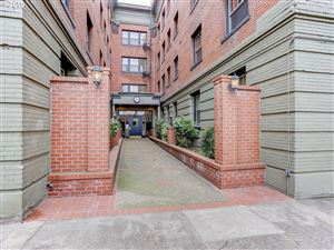 Photo of 2109 NW IRVING ST #311, Portland, OR 97210 (MLS # 19289010)