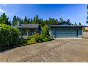Photo of 1750 NW DORAL ST, McMinnville, OR 97128 (MLS # 19479010)