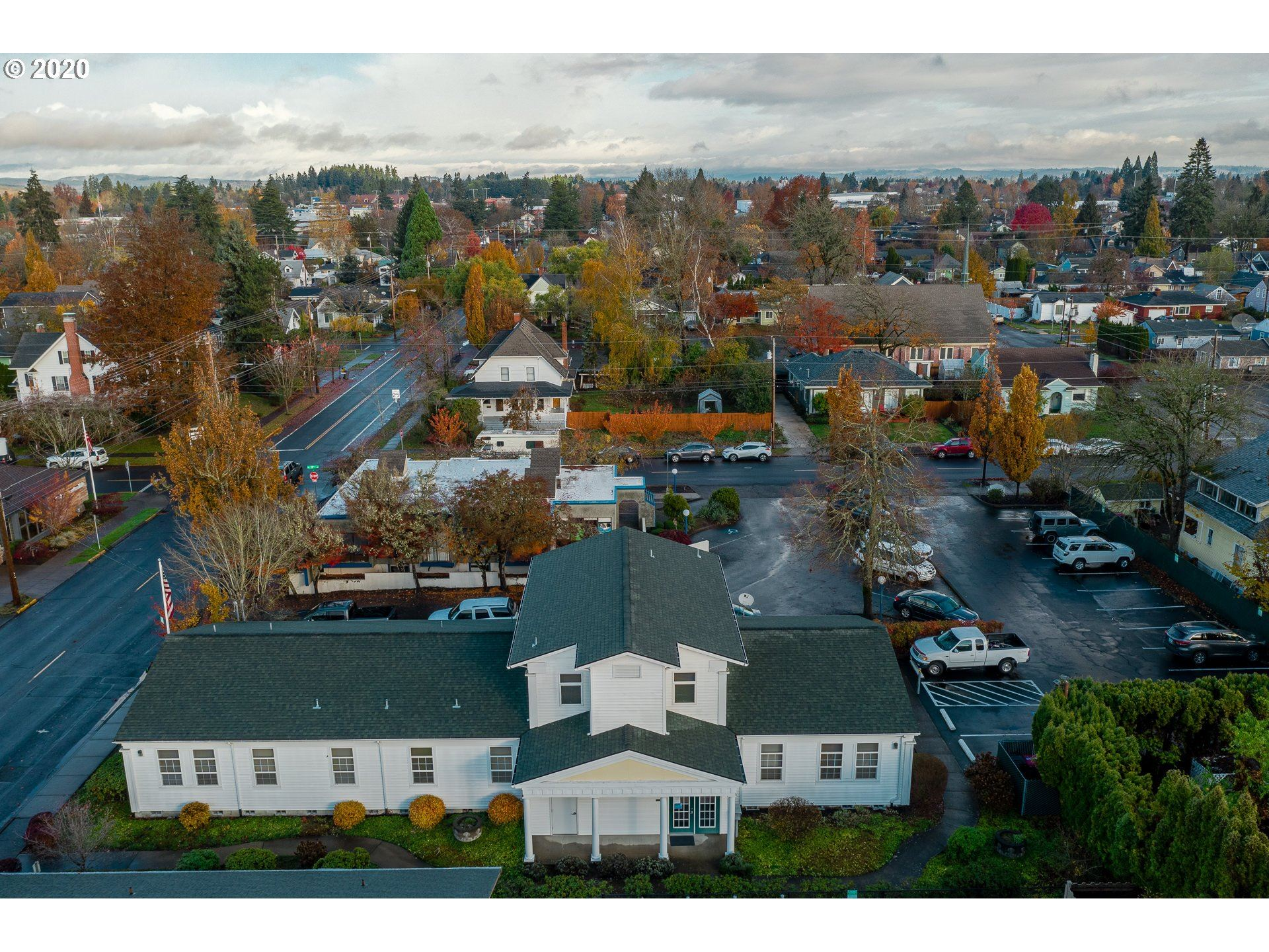 Photo of 706 NE EVANS ST, McMinnville, OR 97128 (MLS # 20330012)