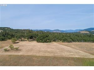 Photo of Dell RD, Mosier, OR 97040 (MLS # 18501013)