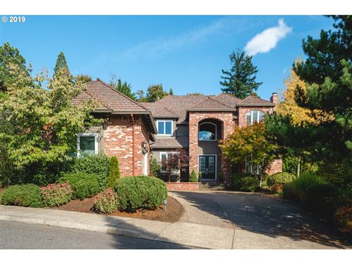 Photo of 9149 NW MCKENNA DR, Portland, OR 97229 (MLS # 19368013)