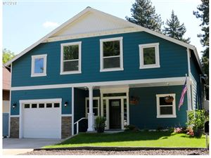 Photo of 9328 SW 30TH AVE, Portland, OR 97219 (MLS # 19362017)