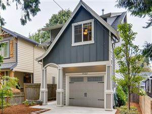 Photo of 9522 N EXETER AVE, Portland, OR 97203 (MLS # 19277018)
