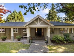 Photo of 2970 SW SCENIC DRIVE CT, Portland, OR 97225 (MLS # 19449018)