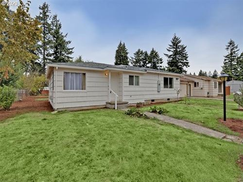 Photo of 11937 NE HOLLADAY ST, Portland, OR 97220 (MLS # 20139019)