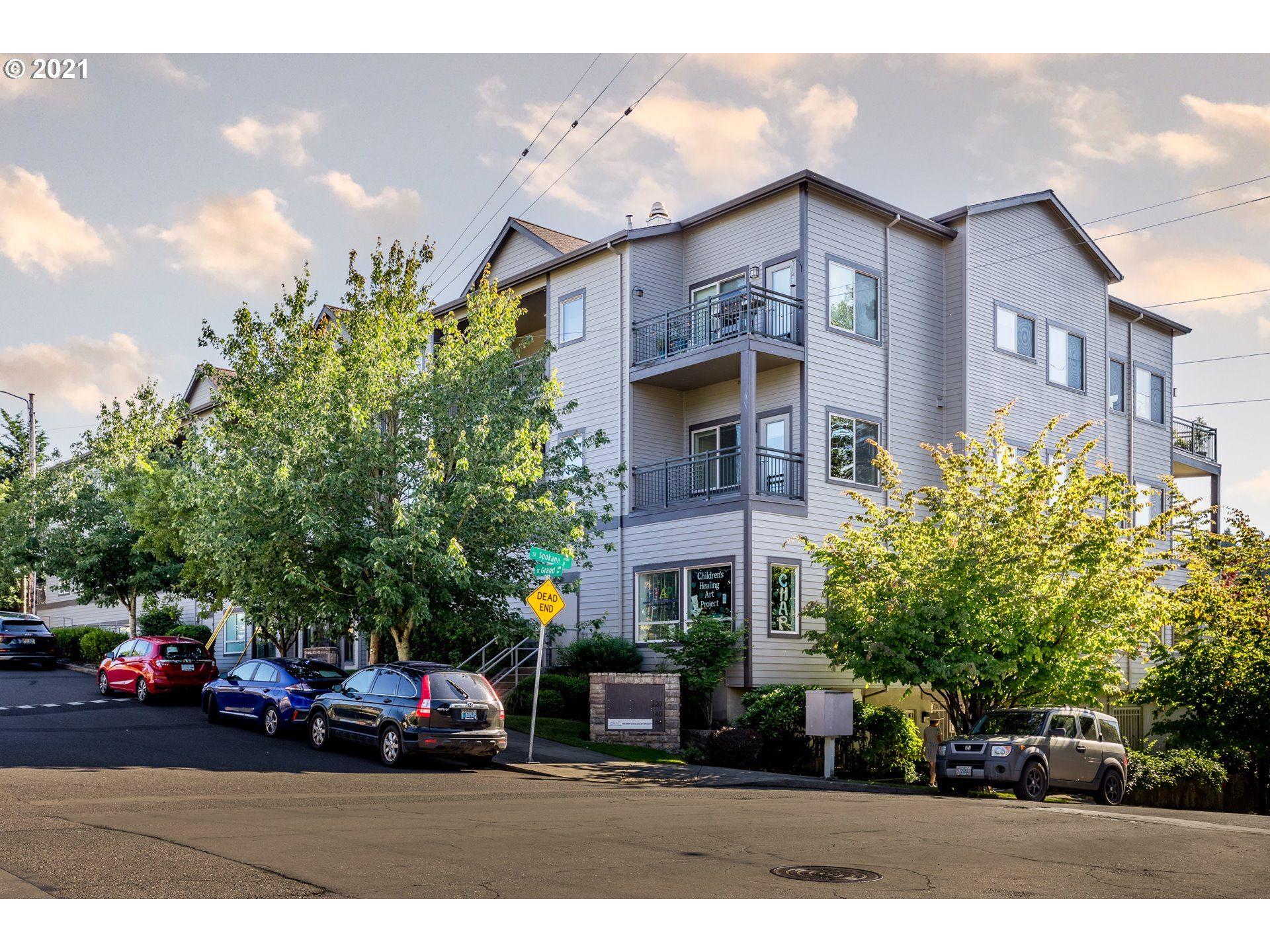 8065 SE GRAND AVE, Portland, OR 97202 - MLS#: 21398021