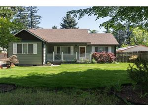 Photo of 1002 SE 174TH AVE, Portland, OR 97233 (MLS # 19045027)